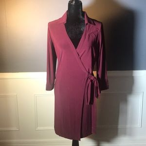 Julie Brown-Burgundy Wrap Lg. sleeve Knit Dress🍁